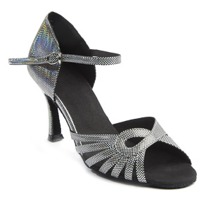 Black dance shoes for latin dancing such as salsa and bachata to name a few