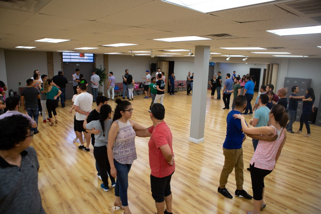 salsa-lessons-in-dallas-alpha-midway