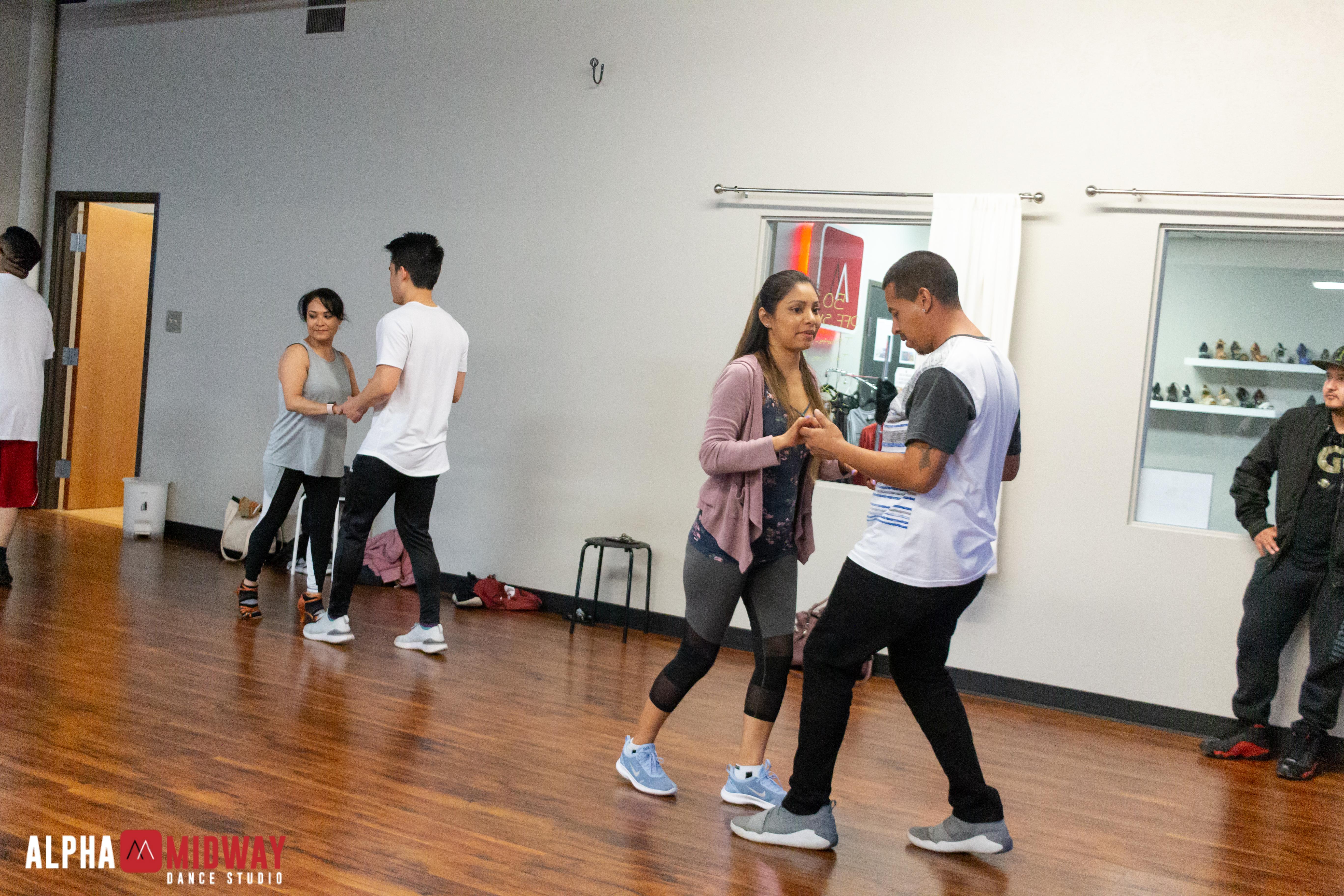 alpha-midway-dance-studio-arlington-salsa-and-bachata-22
